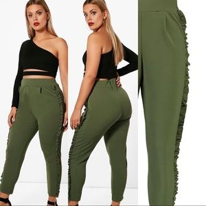 Boohoo| Plus Kara Frill Detail Trouser